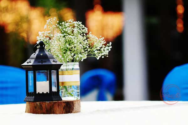 center piece with moroccan lantern & Baby's Breath