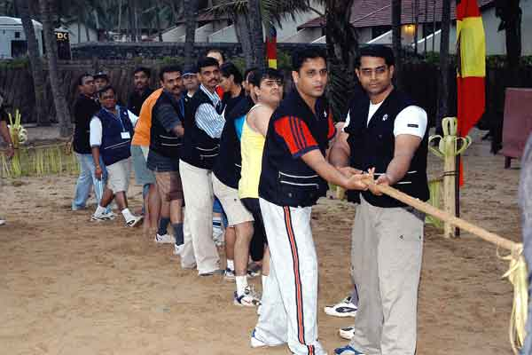 tug of war -Team Building by Red Carpet Events at Hotel Leela raviz kovalam kerala India Corporate Events Gallery