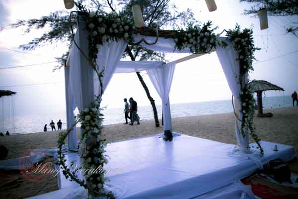 white & green beach wedding stage decor