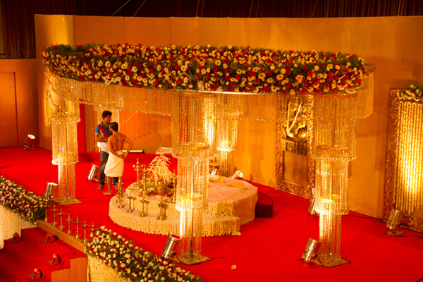 crystal hindu wedding event planner stage alappuzha alleppey kerala india.jpg