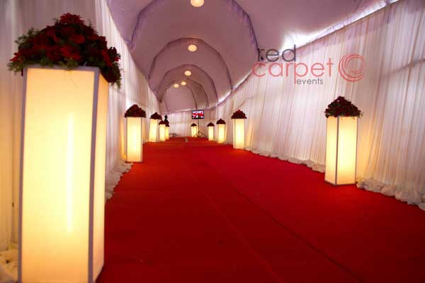 Pathway decor with standees