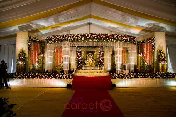 hindu nair crystal stage decor
