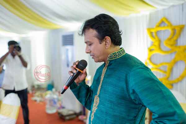 singer unni krishnan performing for guests -shashtipoorthi by Red Carpet Events at coimbatore palakkad kerala India Wedding Planning Gallery
