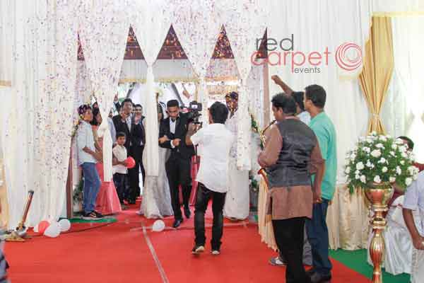 grand couple entry -Christian wedding planning by Red Carpet Events at st.marys orthodox church kallooppara, thiruvalla India Wedding Planning Gallery