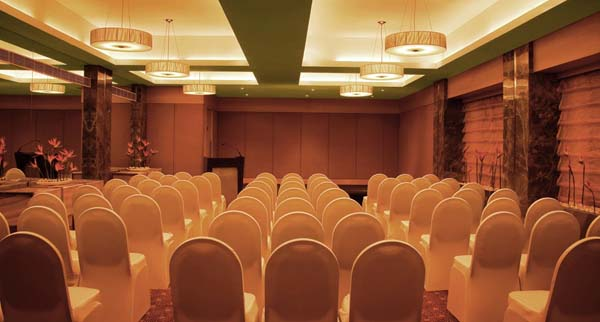 Courtyard_by_Marriott_Chennai_event_management_wedding_decorations.jpg
