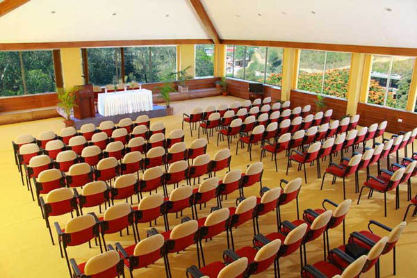 Grand-Plaza-munnar-Conference-hall.jpg