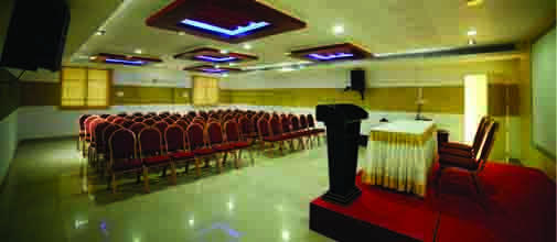 Hotel_hi-ton_malappuram_business_meetings.jpg