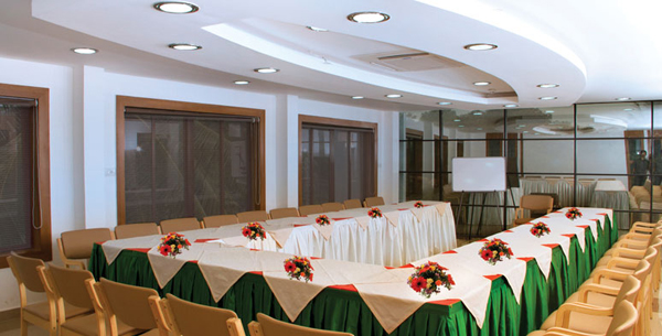 Parassini_Polariz_Banquet_Hall_kannur_event_management_corporate_events.jpg