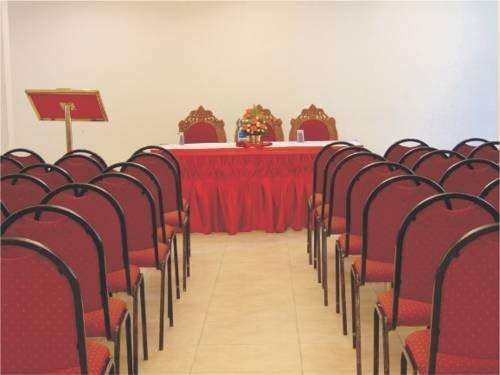 Park Rajadhani facilities: