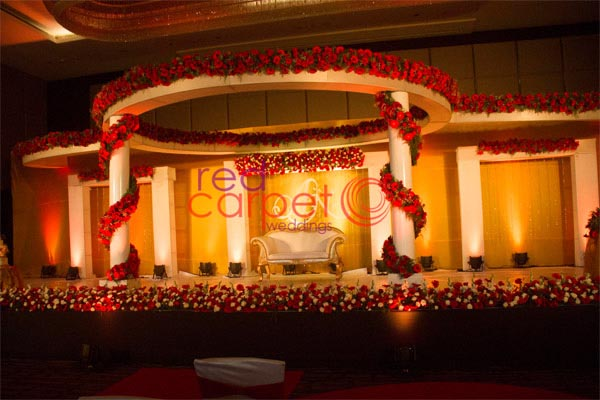 Hotel Crowne Plaza facilities: Wedding stage