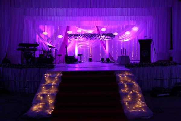 Purple & white theme wedding decor