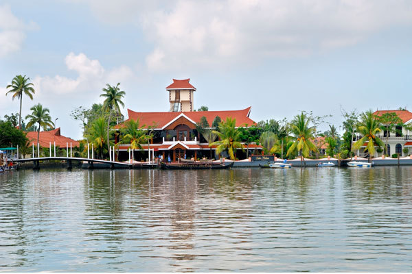 Lake Palace Resort -Alappuzha