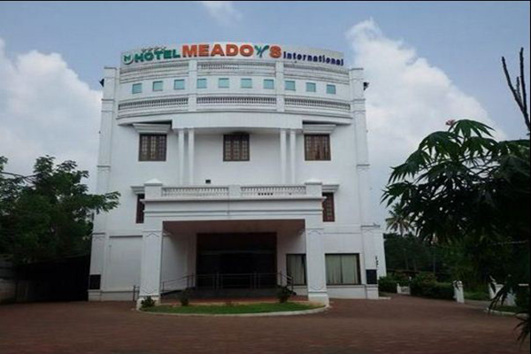 Thrissur hotel meadows international_chalakkudy_1exterior.JPG