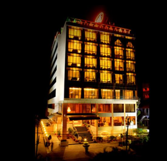 Trivandrum Hotel Classic Avenue wedding Hall.JPG