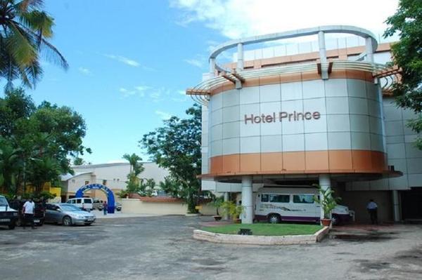 alleppey-prince-hotel-alleppey-convention_centre.jpg